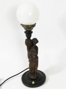 STAROZITNA ART DECO STOLNI LAMPA REZBOVANA DIVKA BOHYNE VESNA