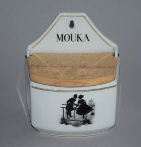 starozitna doza mouka porcelan rokoko krautzberger teplitz