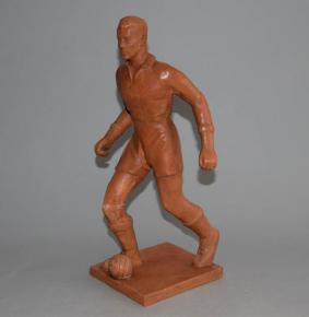 starozitna plastika fotbalista jan klima sochar keramika