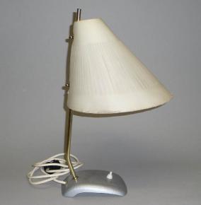 STAROZITNA STOLNI RETRO LAMPA KORNOUT JEPTISKA
