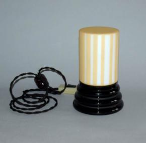 starozitna stolni lampicka skleneny cerny sokl pruhovane stinitko lampa