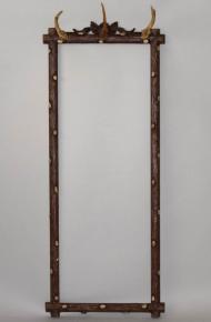starozitny dreveny ram na zrcadlo vesak s paruzky myslivost lovecka dekorace