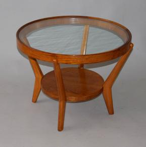 starozitny konferencni stolek kozelka kropacek interier praha design funkcionalismus dub svetly