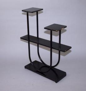 starozitny kvetinovy stolek b 4 slezak cerny lak etazer funkcionalismus