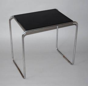 starozitny odkladaci stolek Thonet b9 marcel breuer bauhaus funkcionalismus chrom