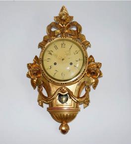 stare nastenne hodiny kartelove zlacene drevo rezbovane