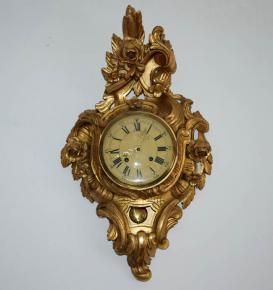 stare kartelove nastenne hodiny zlacene drevo ruze