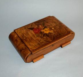 starozitna sperkovnice kazeta intarzie kvetiny ruze drevo dyha