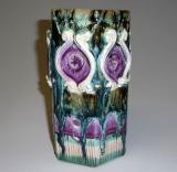 starozitna vaza sestihranna polevana keramika