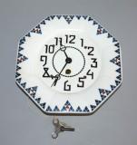 starozitne nastenne hodiny kubismus keramika kubisticke vzory